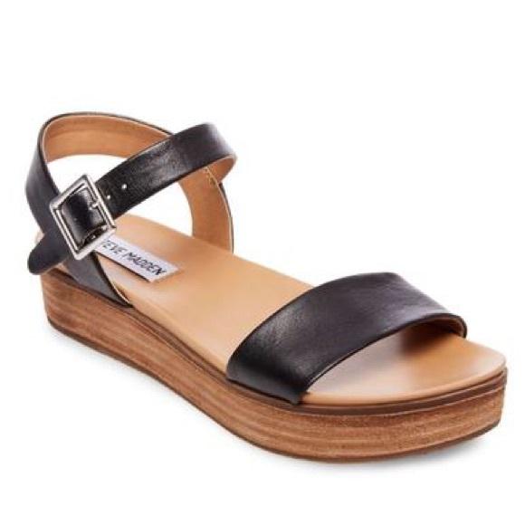 8523a4e8059c Steve Madden Aida Platform Sandal 7.5. M 5bfe06cf74359bdae4d7bf9d